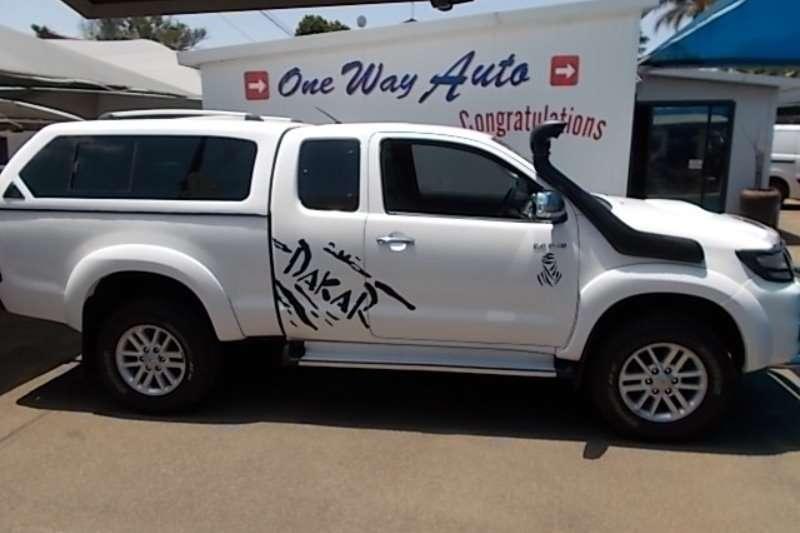 Toyota Hilux 3.0D 4D Xtra cab Raider Dakar edition 2013