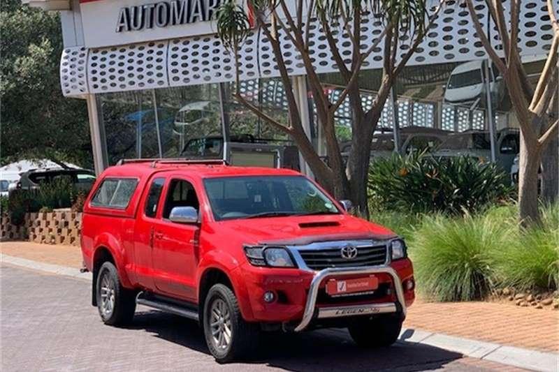 Toyota Hilux 3.0D 4D Xtra cab Raider Legend 45 2015