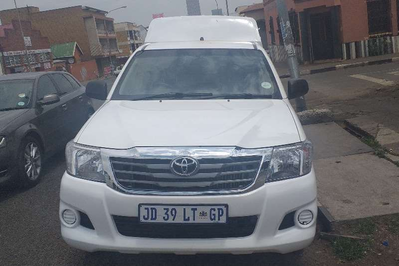 Toyota Hilux 3.0D4D LONG BASE 2014