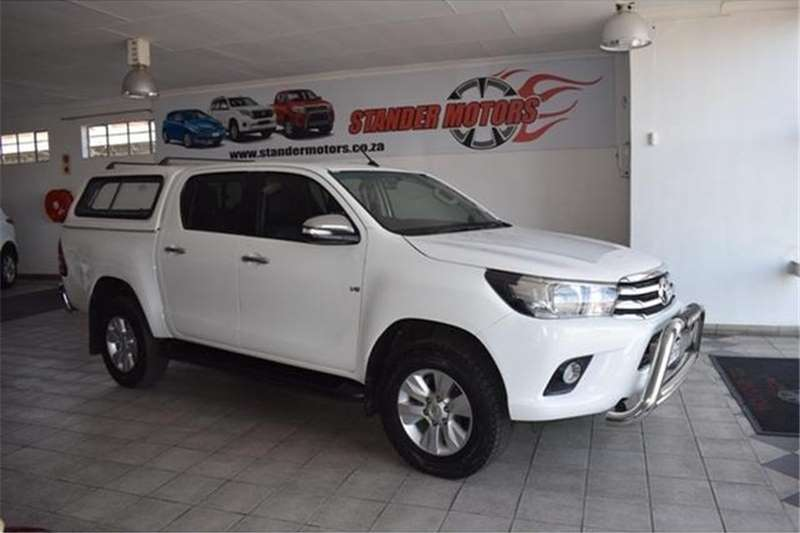 Toyota Hilux 4.0 V6 double cab 4x4 Raider 2016