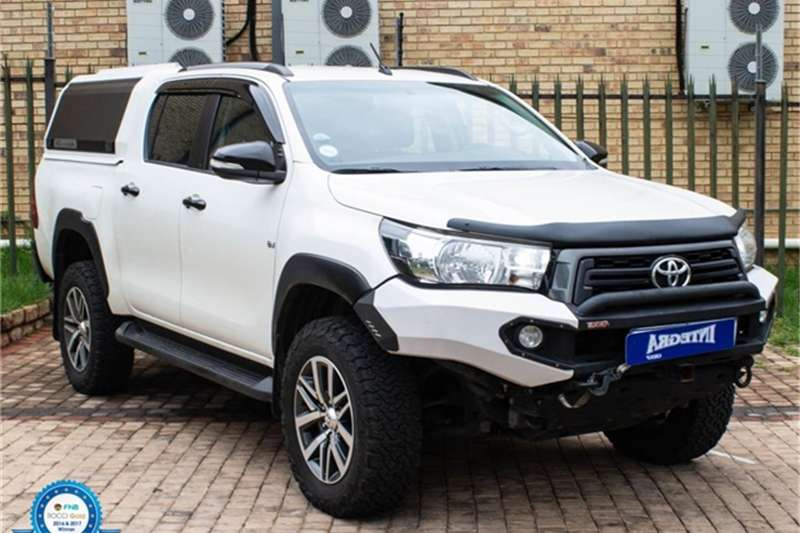 Toyota Hilux 4.0 V6 double cab 4x4 Raider 2018