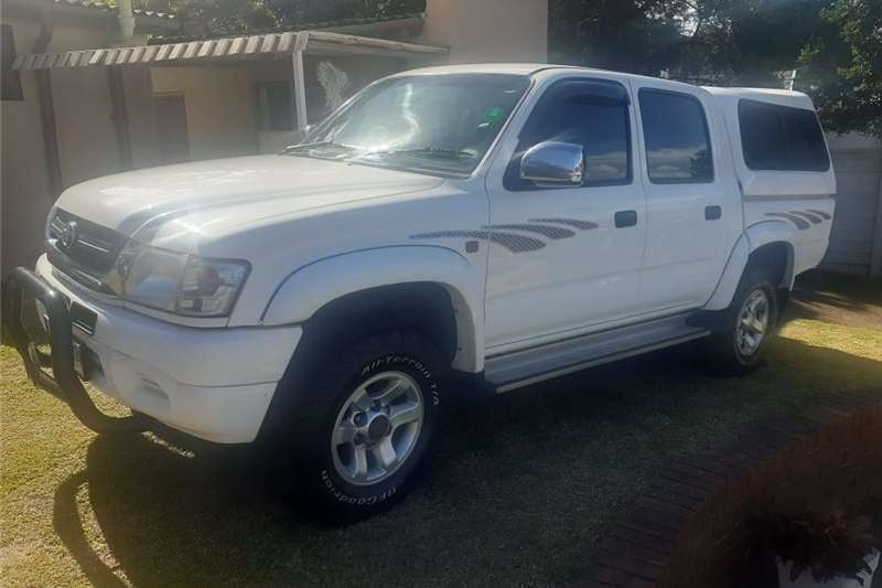 Used 2002 Toyota Hilux Double Cab