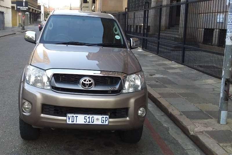 Used 2010 Toyota Hilux Double Cab HILUX 2.4 GD 6 RB SR P/U D/C