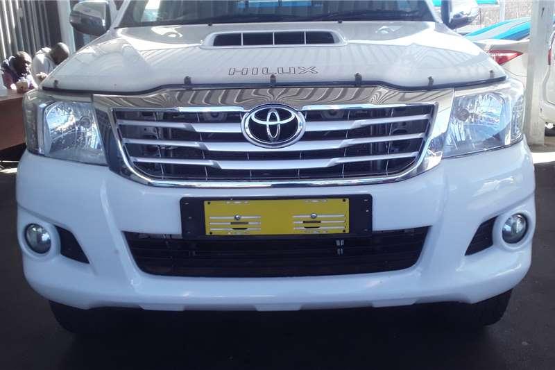 Toyota Hilux Double Cab HILUX 2.4 GD 6 RB SR P/U D/C 2014