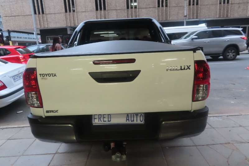 Used 2017 Toyota Hilux Double Cab HILUX 2.4 GD 6 RB SR P/U D/C