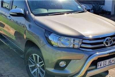 Toyota Hilux Double Cab HILUX 2.8 GD 6 RB A/T RAIDER P/U D/C 2017