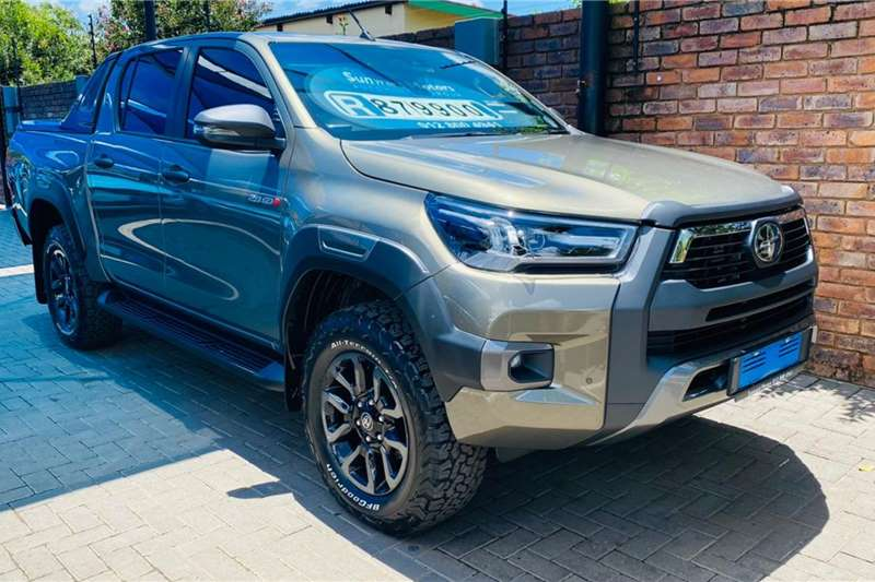Toyota Hilux Double Cab HILUX 2.8 GD 6 RB LEGEND RS 4X4 P/U D/C 2021