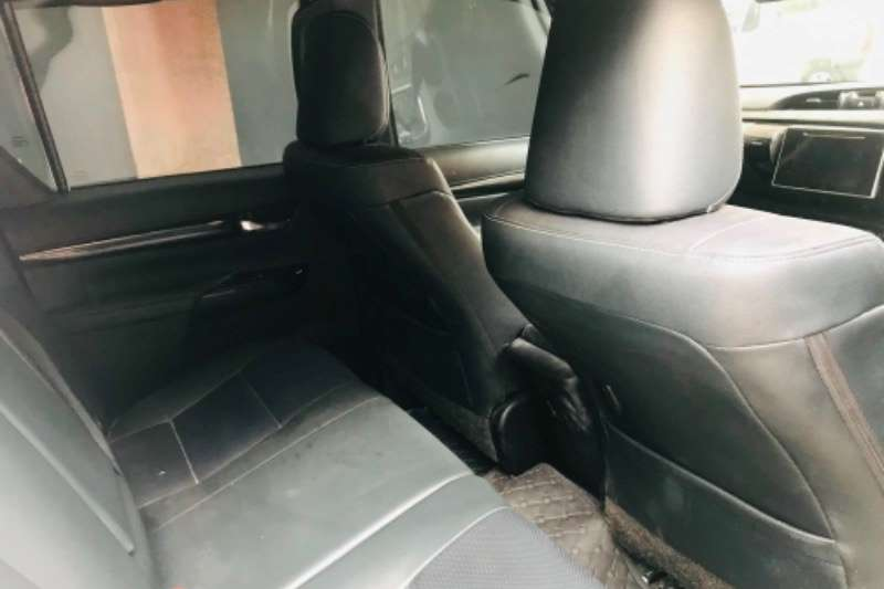 Toyota Hilux Double Cab HILUX 2.8 GD 6 RB RAIDER P/U D/C 2018