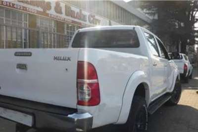 Toyota Hilux Double Cab HILUX 3.0 D 4D HERITAGE 4X4 A/T P/U D/C 2010