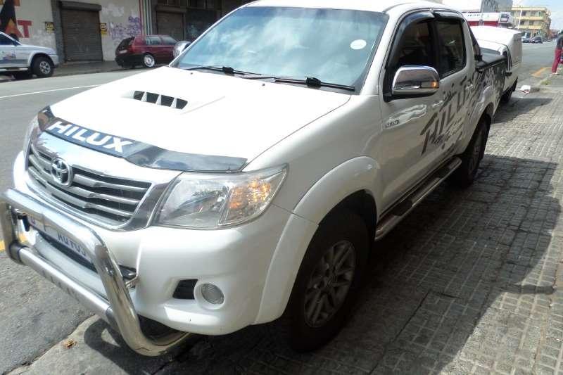 Toyota Hilux double cab HILUX 3.0 D-4D RAIDER 4X4 A/T P/U D/C 2013