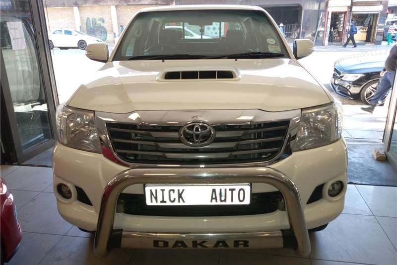 used toyota hilux double cab 2014