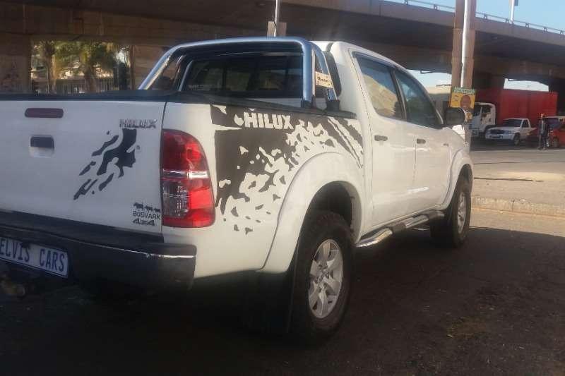 Toyota Hilux Double Cab HILUX 3.0 D 4D RAIDER 4X4 A/T P/U D/C 2015