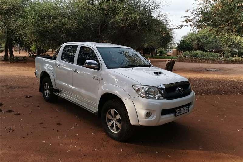 Toyota Hilux Double Cab HILUX 3.0D 4D HERITAGE R/B A/T P/U D/C 2010