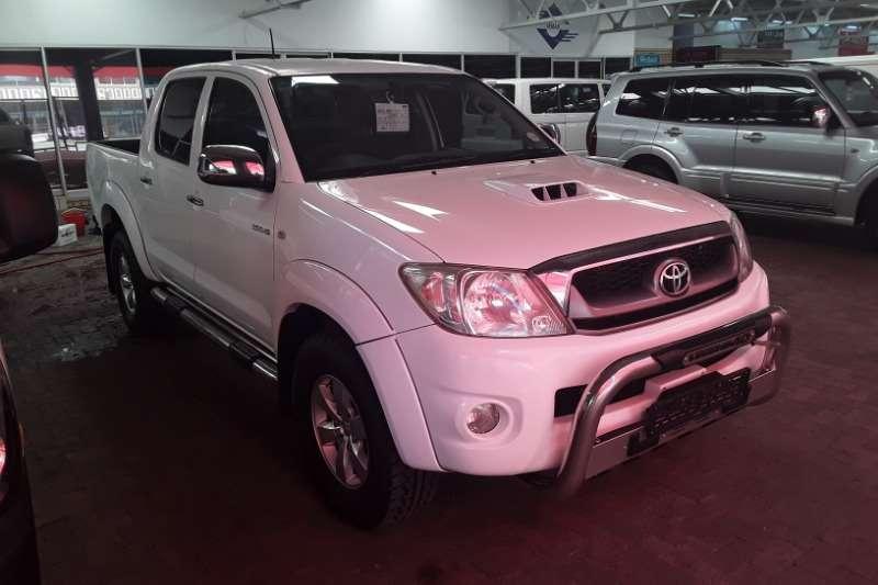 Toyota Hilux Double Cab HILUX 3.0D 4D HERITAGE R/B A/T P/U D/C 2011