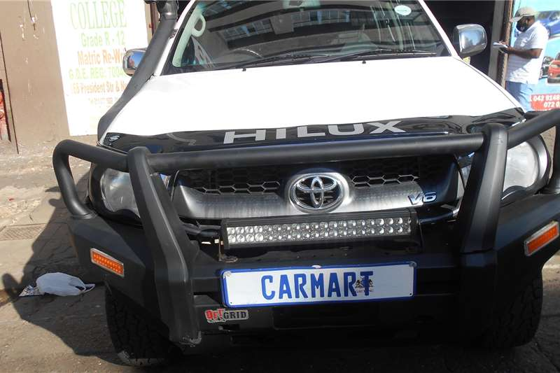 Toyota Hilux Double Cab HILUX 4.0 V6 RAIDER 4X4 A/T P/U D/C 2010