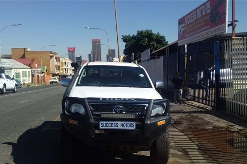 2010 Toyota Hilux double cab HILUX 4.0 V6 RAIDER 4X4 A/T P/U D/C
