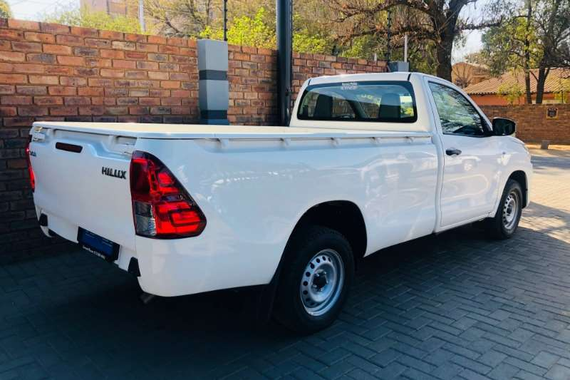 2018 Toyota Hilux 2.0 (aircon)