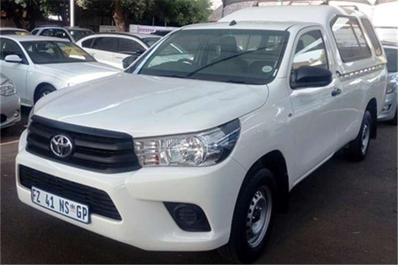 2017 Toyota Hilux 2.4GD (aircon)