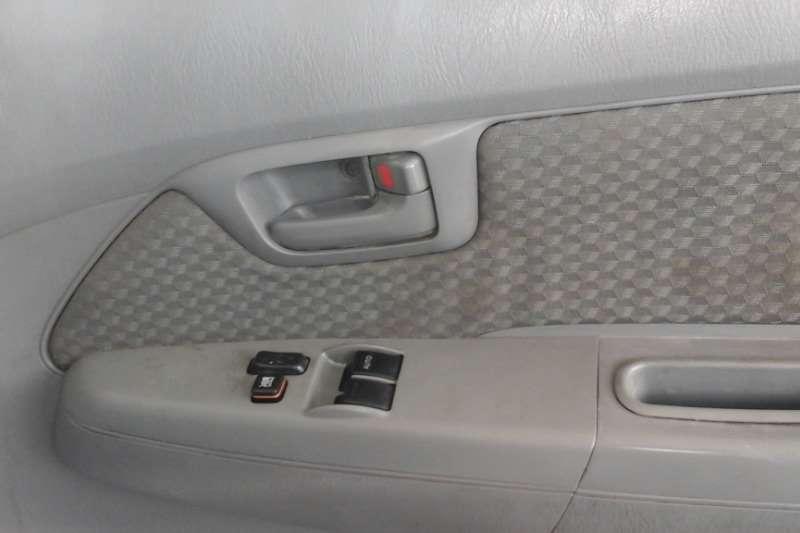 2010 Toyota Hilux 2.5D 4D 4x4 SRX