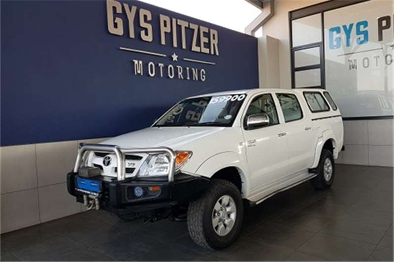 2005 Toyota Hilux V6 4.0 double cab 4x4 Raider automatic