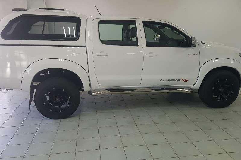 Toyota Hilux LEGEND 45 2016