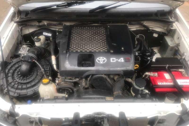 Toyota Hilux LEGEND 45 3.0 2013