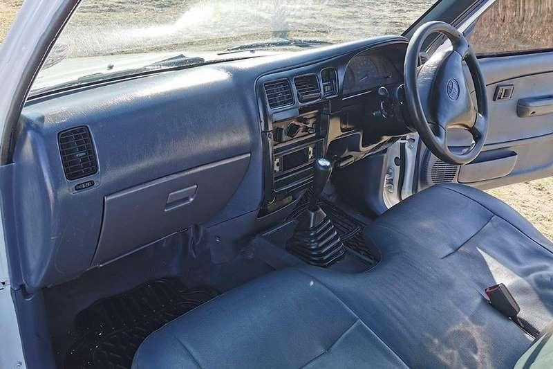 1997 Toyota Hilux single cab