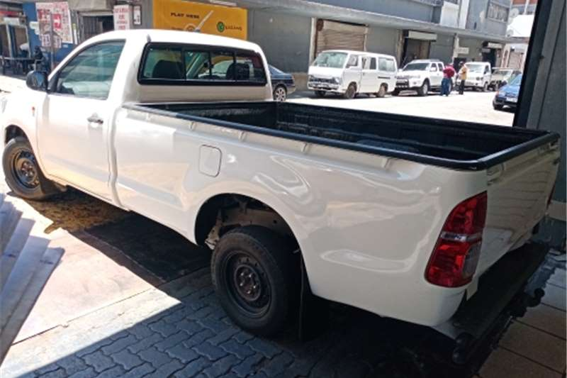 Toyota Hilux Single Cab 2.5 diesel manual 2015
