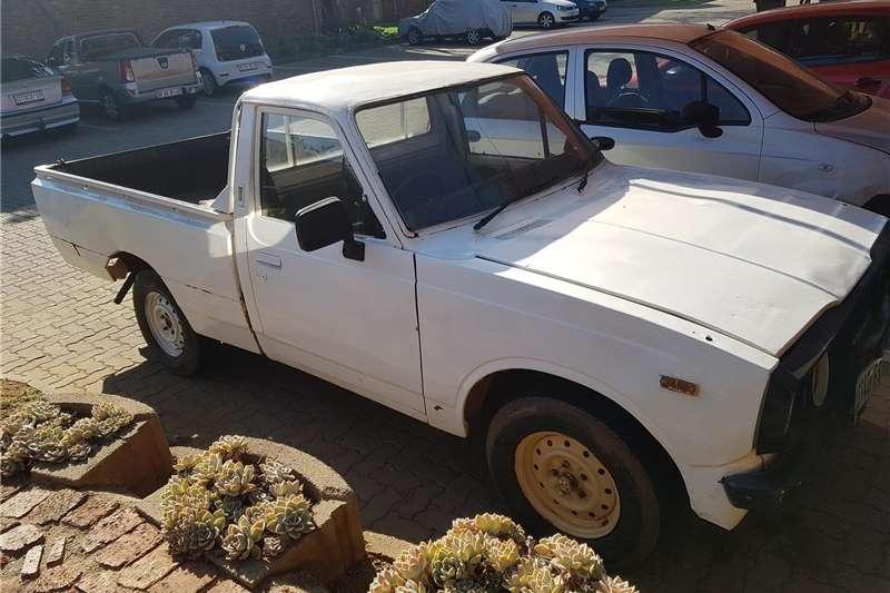 Toyota Hilux Single Cab HILUX 2.0 VVTi A/C P/U S/C 1979