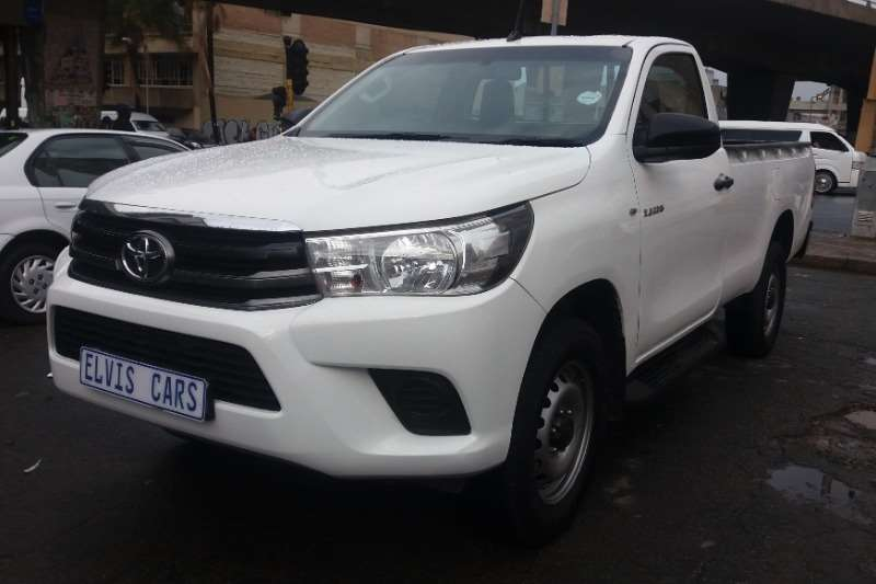 Toyota Hilux Single Cab HILUX 2.4 GD 6 RB SRX A/T P/U S/C 2017