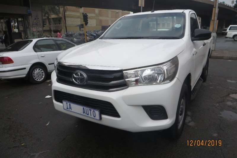 Toyota Hilux Single Cab HILUX 2.4 GD 6 SR P/U S/C 2016