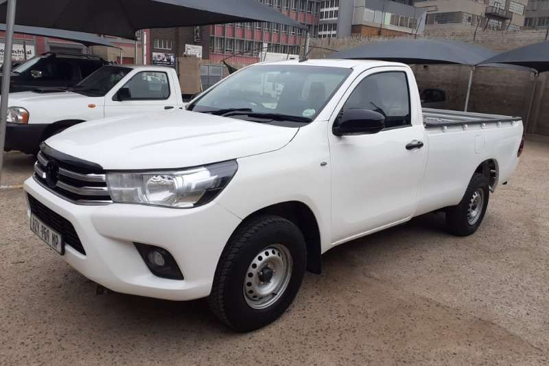 Toyota Hilux single cab HILUX 2.4 GD A/C P/U S/C 2016