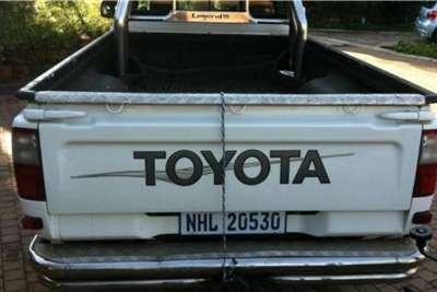 Used 2004 Toyota Hilux Single Cab HILUX 2.7 VVTi RB S P/U S/C