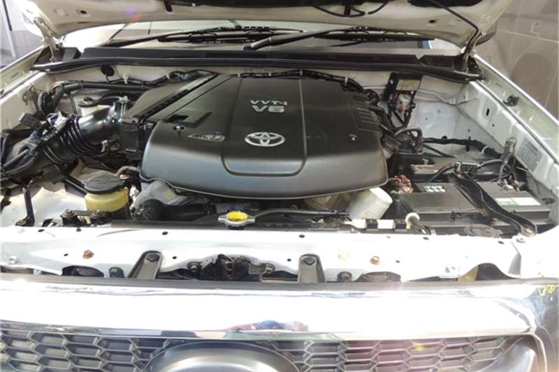Used 2006 Toyota Hilux V6 4.0 double cab 4x4 Raider