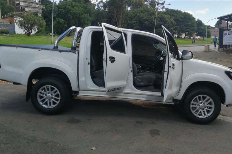 Used 2012 Toyota Hilux V6 4.0 double cab 4x4 Raider automatic