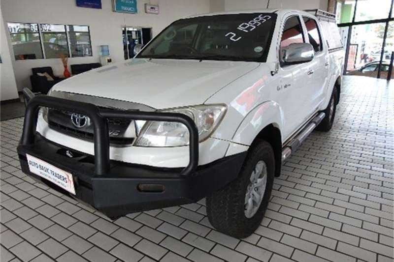 Toyota Hilux V6 4.0 double cab Raider 2011