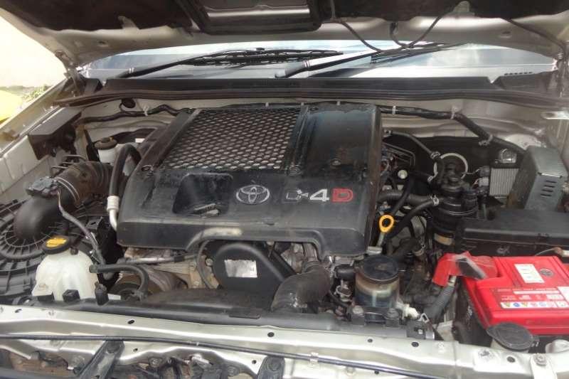 Toyota Hilux Xtra Cab HILUX 2.4 GD 6 RB SRX A/T P/U E/CAB 2009