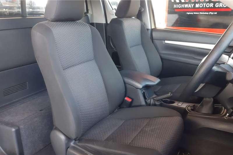 Toyota Hilux Xtra Cab HILUX 2.4 GD 6 RB SRX P/U E/CAB 2020