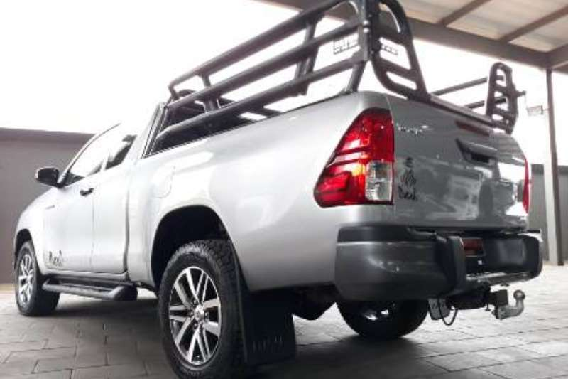 Toyota Hilux Xtra Cab HILUX 2.8 GD 6 RB DAKAR 4X4 A/T P/U E/CAB 2018