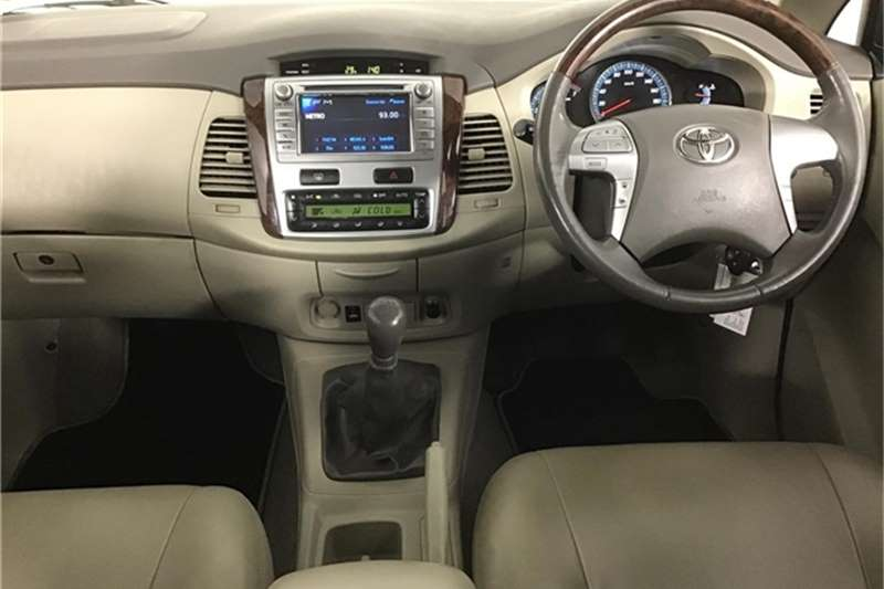 Toyota Innova 2.7 7 seater 2013