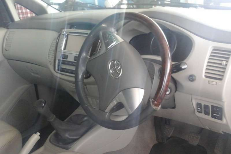 Toyota Innova 2.7 7 seater 2015