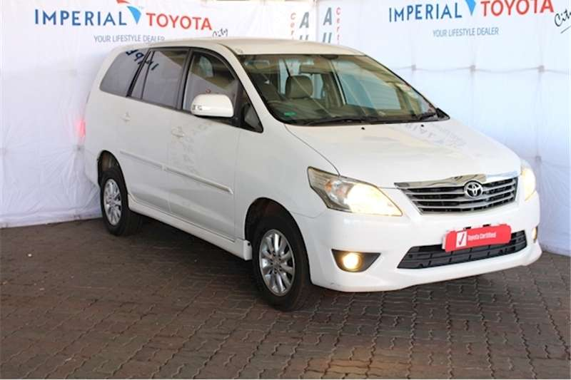 2014 Toyota Innova 2.7 7 seater