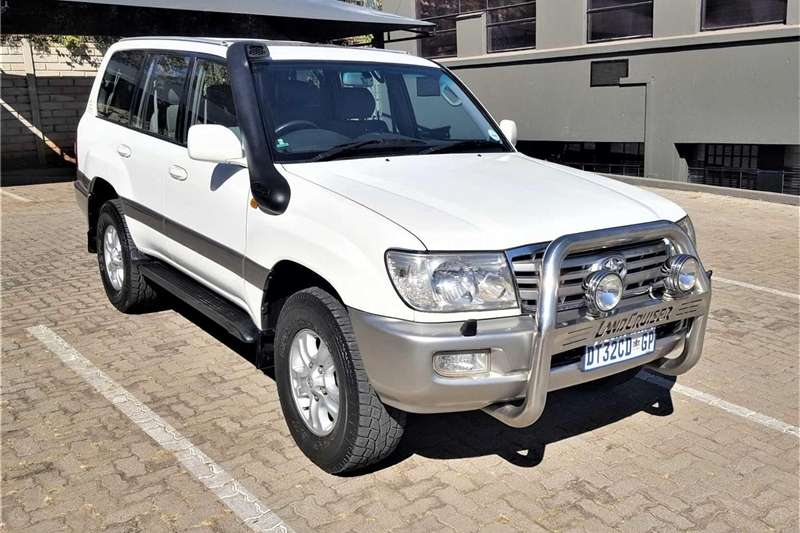 Toyota Land Cruiser 100 Cars for sale in South Africa | Auto