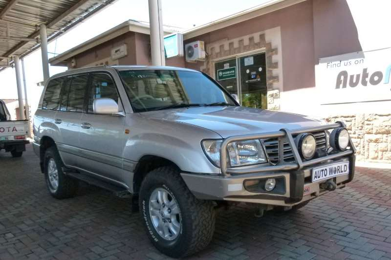 2003 Toyota Land Cruiser 100