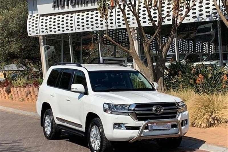 Toyota Land Cruiser 200 4.5D 4D V8 VX R 2018