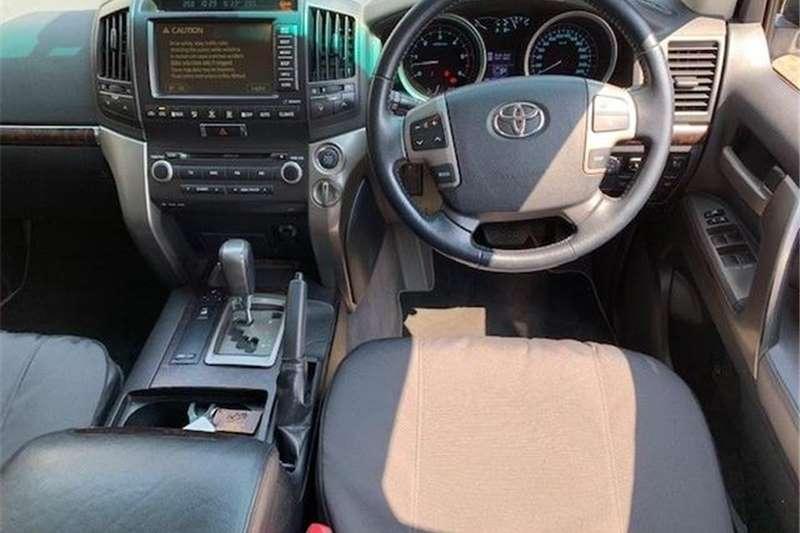 Toyota Land Cruiser 200 4.5D-4D VX 2008