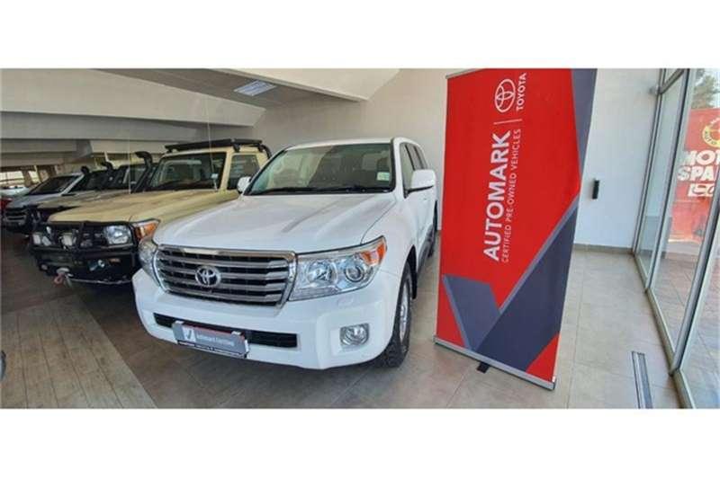 Toyota Land Cruiser 200 4.5D 4D VX 2015
