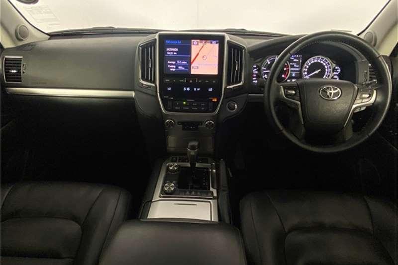2017 Toyota Land Cruiser 200 Land Cruiser 200 4.5D-4D VX