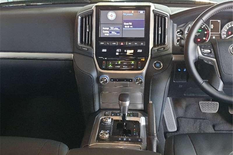 2021 Toyota Land Cruiser 200 LAND CRUISER 200 V8 4.5D VX-R A/T