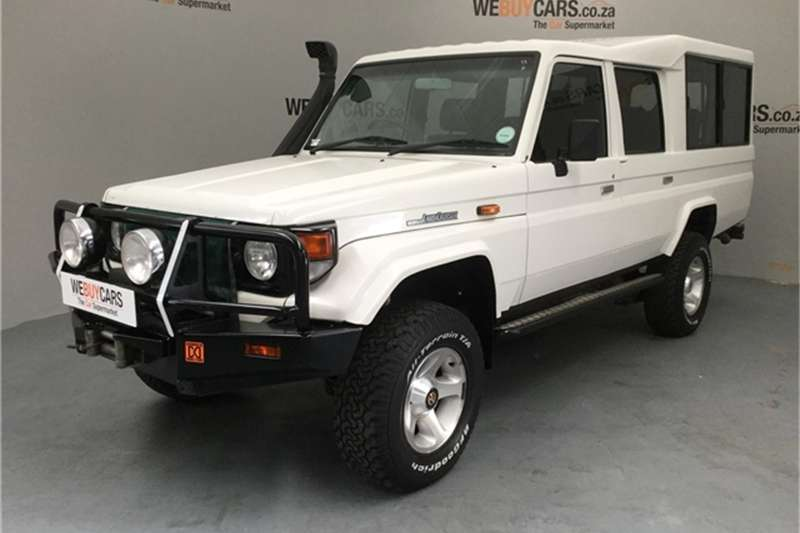 Toyota Land Cruiser 70 Series 4,5 2004